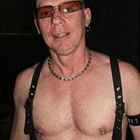 Expert BDSM cherche soumis sur Montpellier