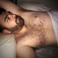 Gay poilu cherche plan cul
